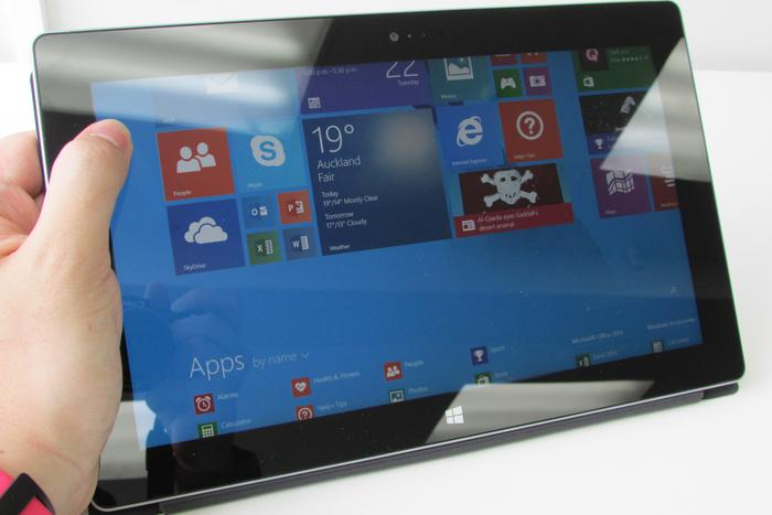 The 1920x1080-pixel screen is bright, clear, and supports 5-point capacitive multitouch.