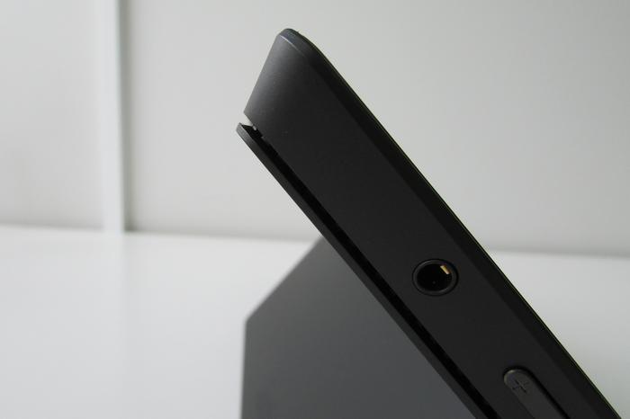 Rather than a traditional fan grille, the Surface Pro 2 vents via a narrow gap along the edge of its upper half.